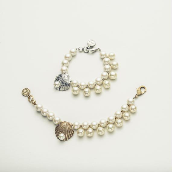 Sea motif pearl  bracelet