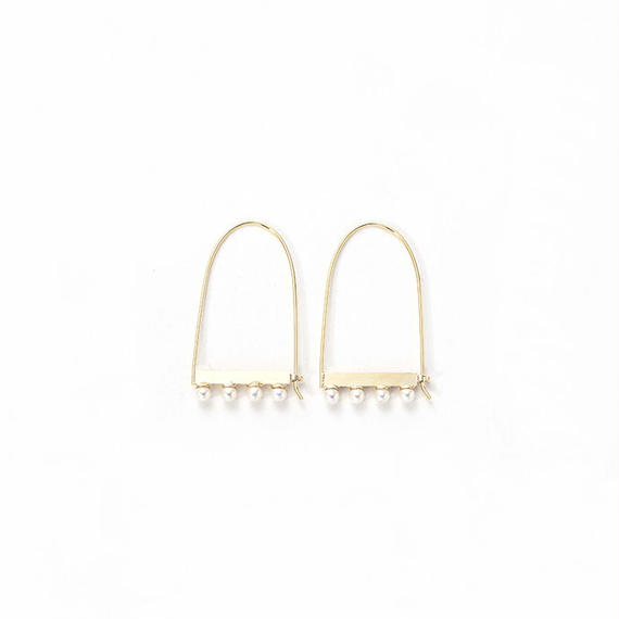 Polished pearl hook pierce (Gold)
