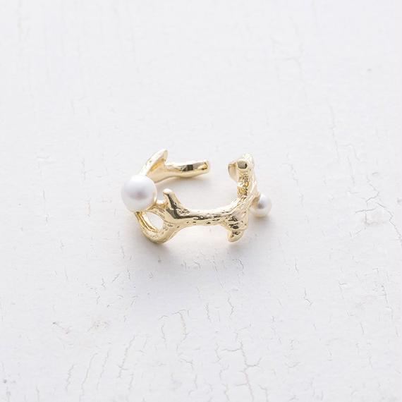 Coral ring earcuff