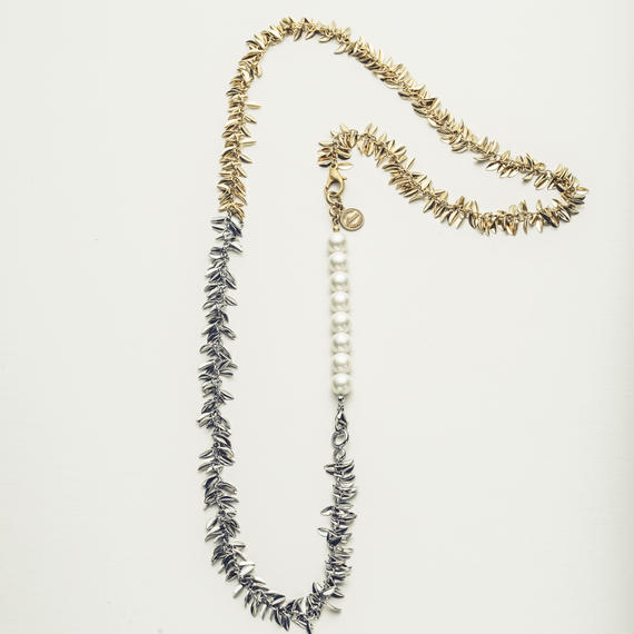Ivy long necklace
