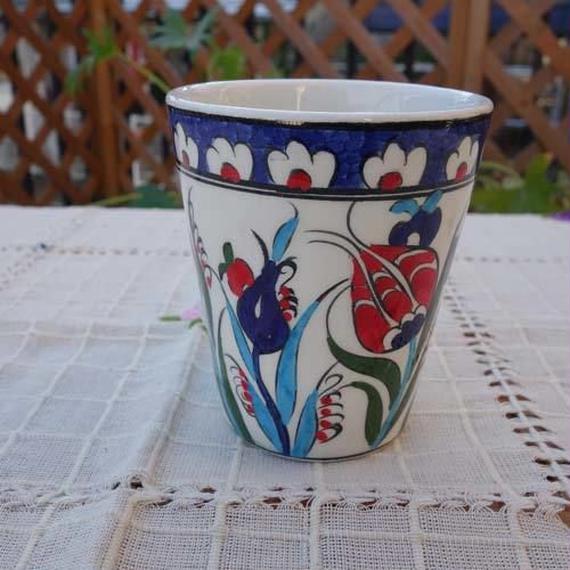 cup-27  手描きのトルコ・キュタフヤ陶器カップ(チューリップ)