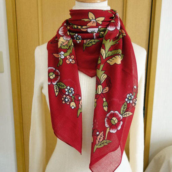 turcl7   繊維の宝庫トルコのふわっと軽いコットンスカーフ(ベリーレッド)L