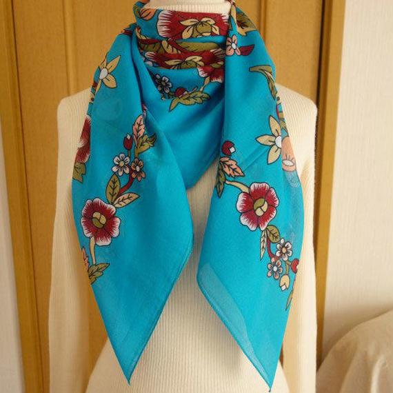 turcl4   繊維の宝庫トルコのふわっと軽いコットンスカーフ(ターコイズ)L