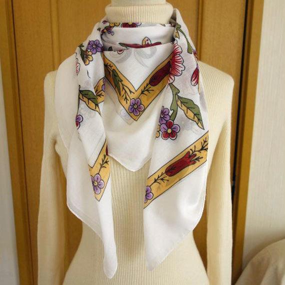 turcl14   繊維の宝庫トルコのふわっと軽いコットンスカーフ(ホワイト)L