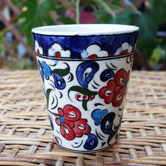 cup-1  手描きのトルコ・キュタフヤ陶器カップ(カーネーション)