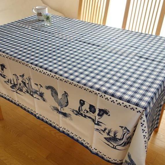 pv015-200   プロヴァンス テーブルクロス 長方形150×200(鳥&牛ネイビー)