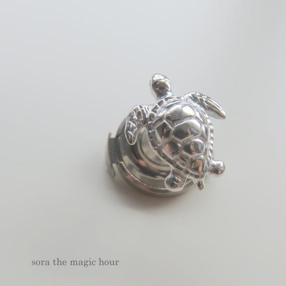 アオウミガメ ピン,タイピンgreen turtle pin【ロジウムコーティング】