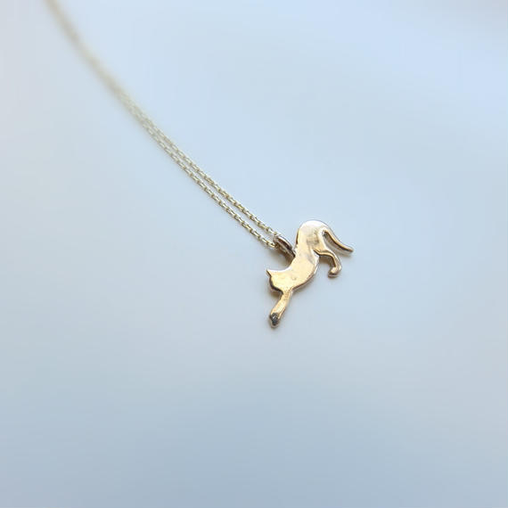 ネコシルエット K10 ネックレス「のびのび」Cat silhouette necklace  のコピー