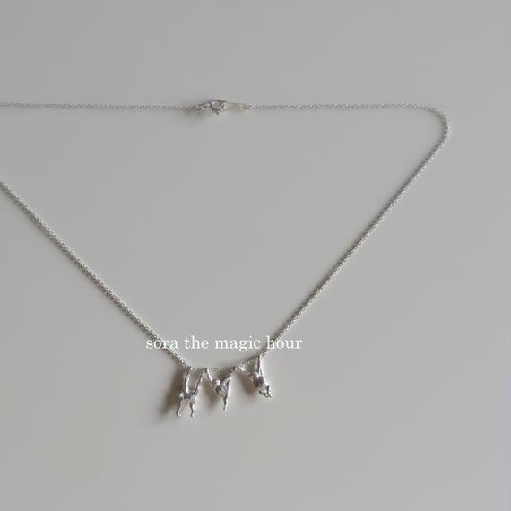 3頭のオランウータンのネックレス orangutans silver925