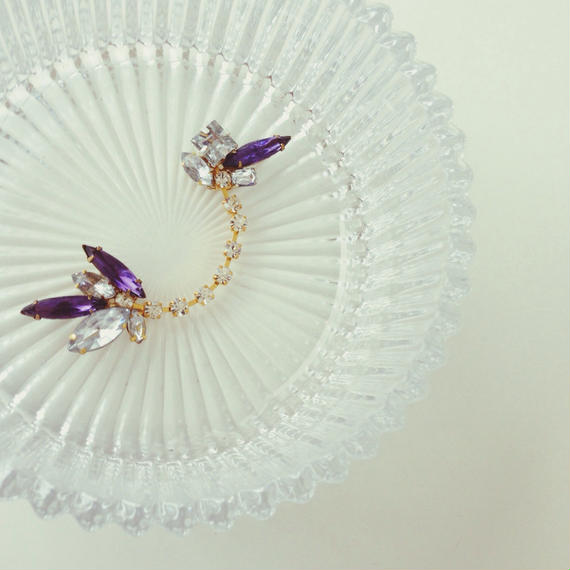 Vintage purple glass ear cuff《片耳》