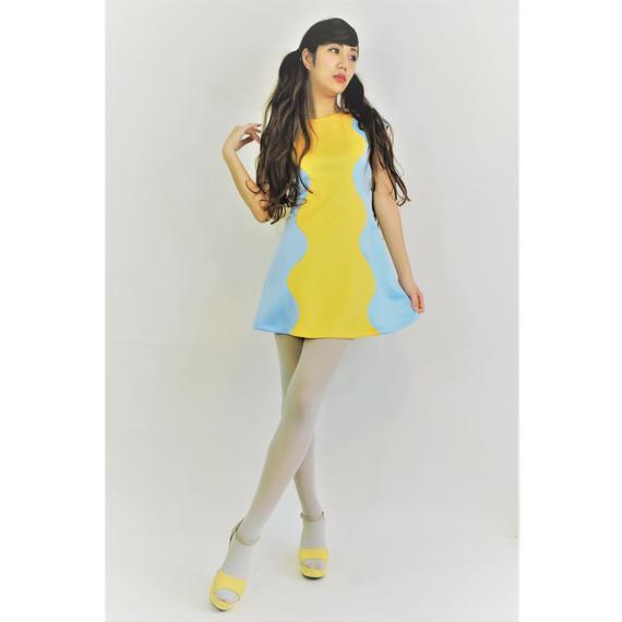 ウェーブカットドレス