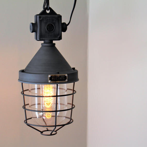 RADIBOR PENDANT LIGHT