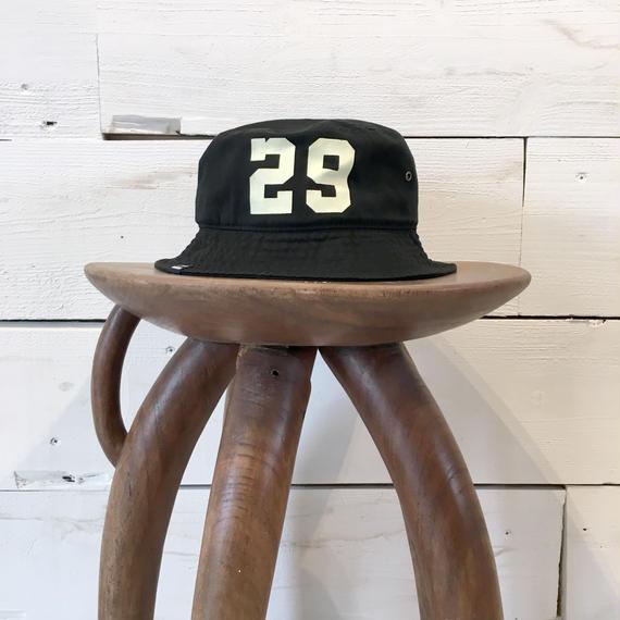 CLASSIC BUCKET HAT / Black × Ivory White