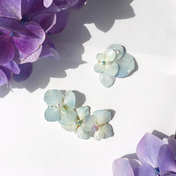 紫陽花のアシメイヤーカフ/ピアス/ホワイト