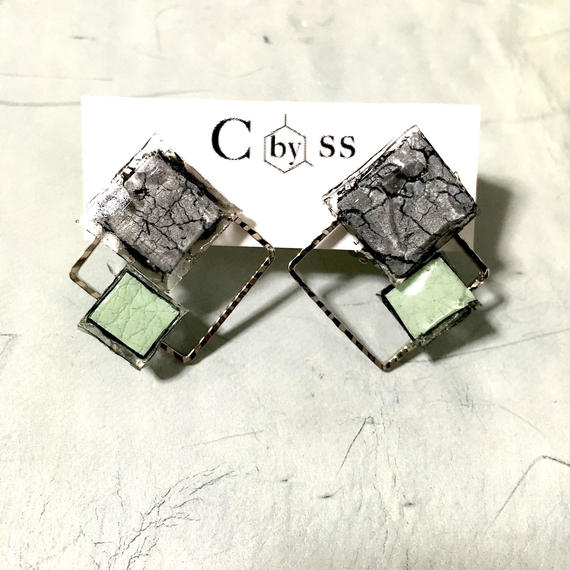 #cracked earrings from CbySS グリーン