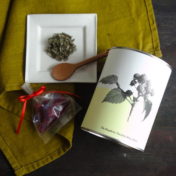 【送料込】五城目のママのお守りキイチゴ茶(ギフトボックス、水引ゴム付)
