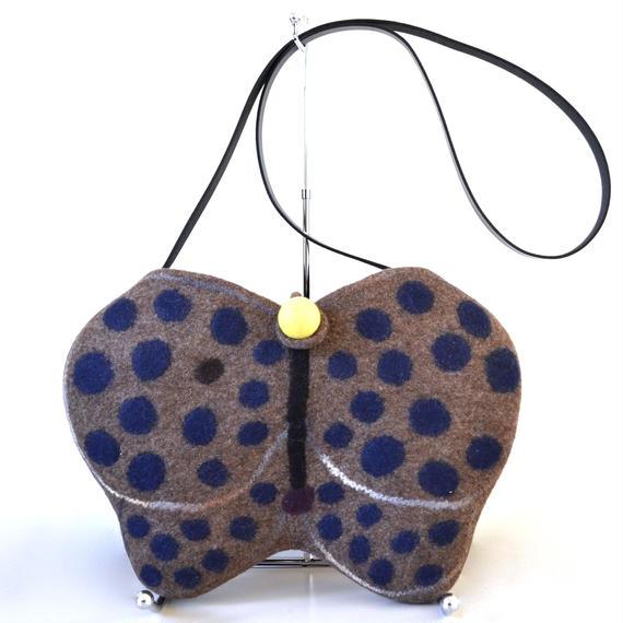 Butterfly shoulder bag♪ brown