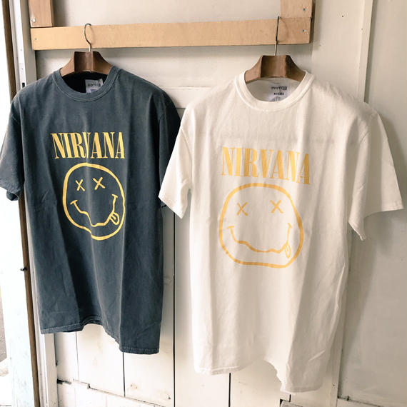 Insonnia projects NIRVANA 90'S VINTAGE TEE SMILE