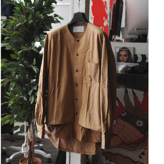 ★ House of the very island's (ハウスオブザベリーアイランズ) /  BUTTONED LONG SLEEVED SHIRT, 2 POCKETS, NO COLLAR ★