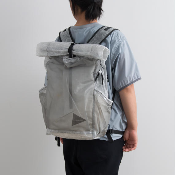 and wander / Cuben fiber backpack (225g)