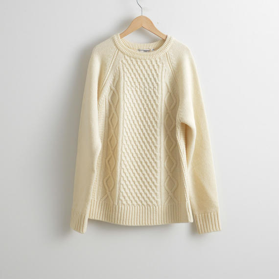 FUJITO / Cable Knit Sweater