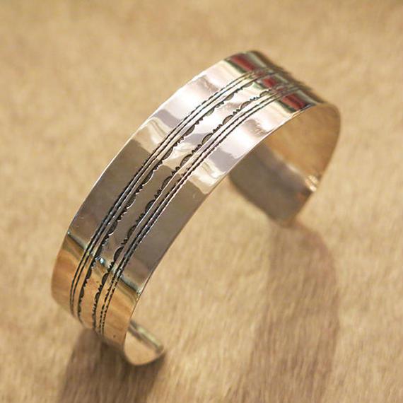 Touareg Silver  / Bangle05 / Silver100%