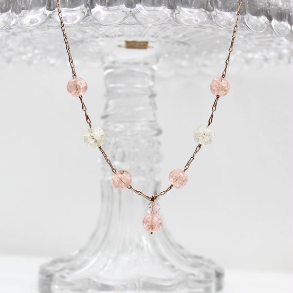 クラックルガラスのネックレス*pink