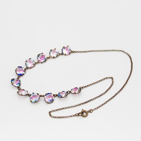 アイリスガラスのネックレス