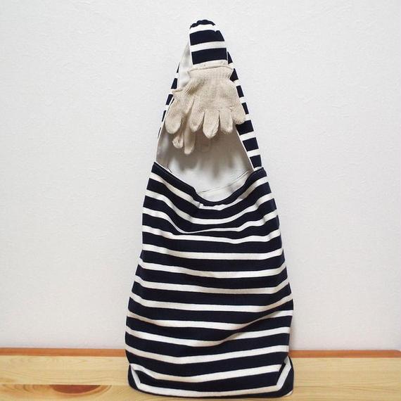 Hand Bag (L)