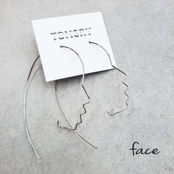 faceピアス