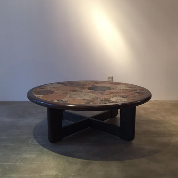 Haslev Tile Top Round Table