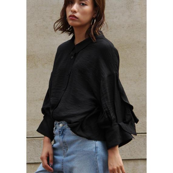 "【""little $uzie"" Original】Slit & Ruffle Sleeves Shirt (ls004)"
