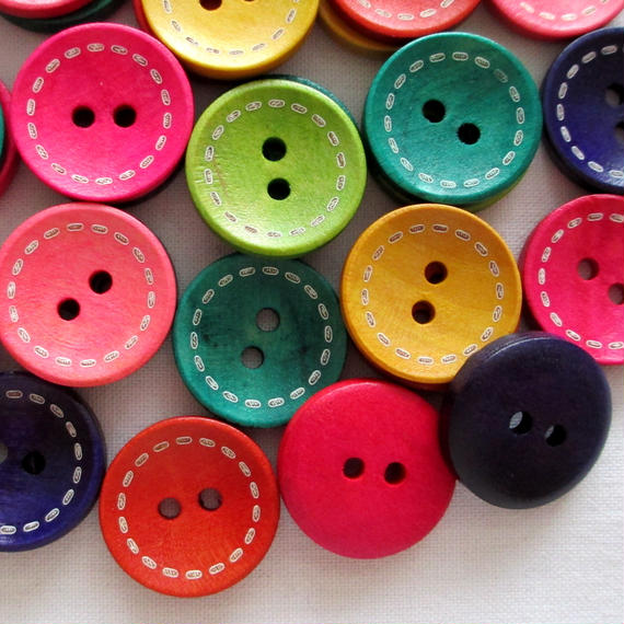 カラフルステッチ入りウッドボタン (20mm)40個セット(019)