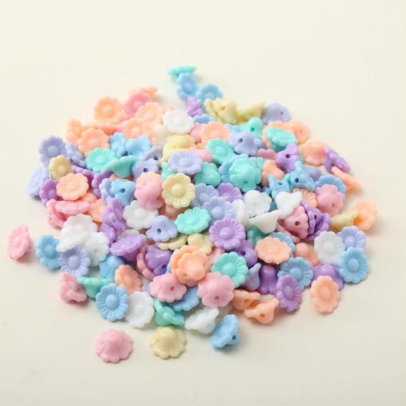カラフルクリーム色の花形ビーズ 150個セット(12mm)(パステルカラー)(SB085)