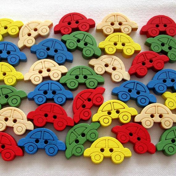 カラフル車の形のウッドボタン (5色)30個セット(約19×10mm)(026)
