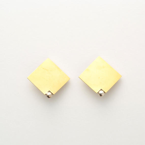 Plate ball series (Earring)
