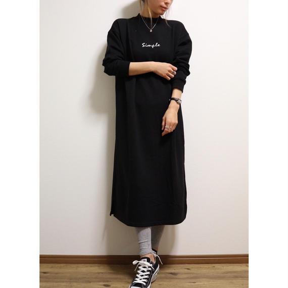 ロゴ刺繍スウェットワンピース【BLACK】