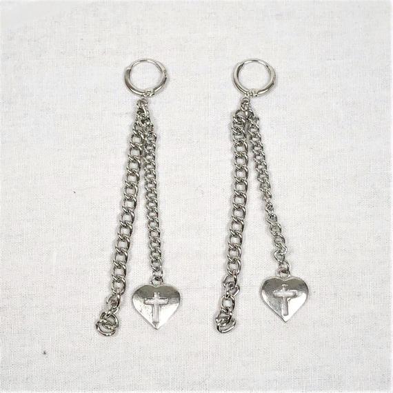 予約注文受付10/29-11/8[Hand made]Heart Cross Chain Earrings