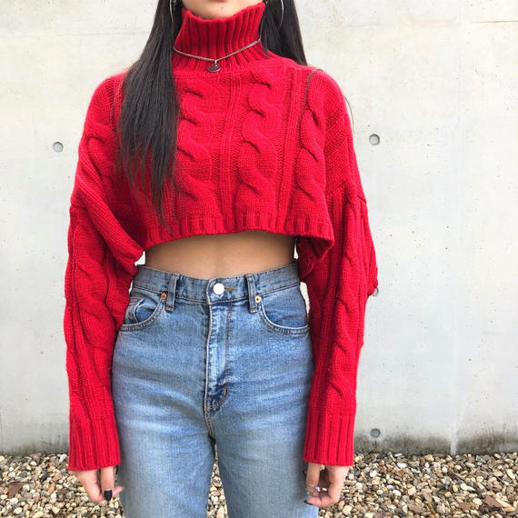 High Neck Design Cropped Knit RED