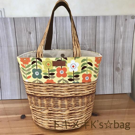 カゴプリント&北欧風花柄☆ラウンドトートバッグ★ハンドメイド
