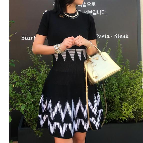 エレガンスクイーンニットドレス【ユヒャンオススメ】★ニットガードルでスタイル良く見せます