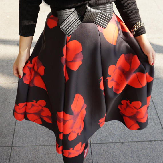 【フォトジェニックエレガント!】マシュマロタッチのHANAフレアスカート【RED】