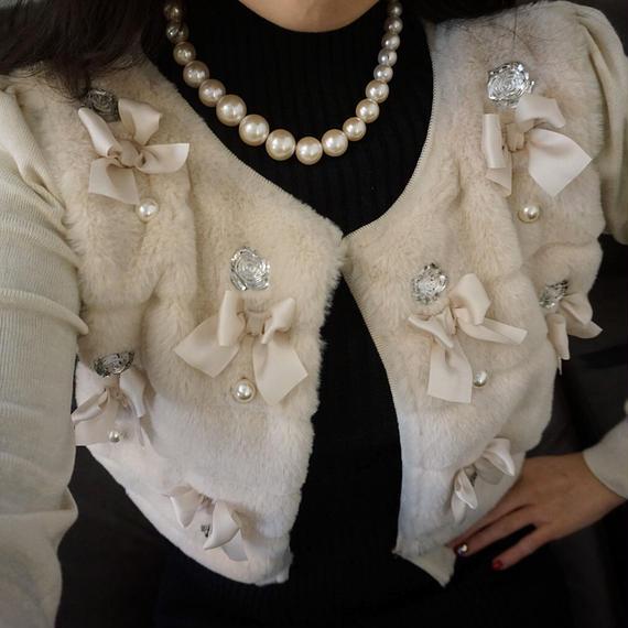 ★年末年始ご挨拶ファッション★雪と宝石の暖かファーカーディガン【ベージュ】