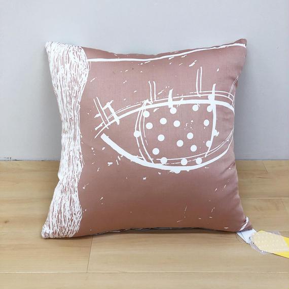 Hand print cushion cover04
