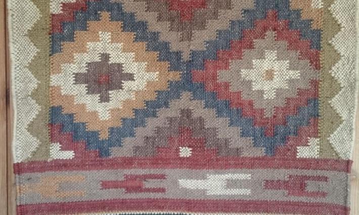 ・手織りラグ/ Hand Weaving Rug