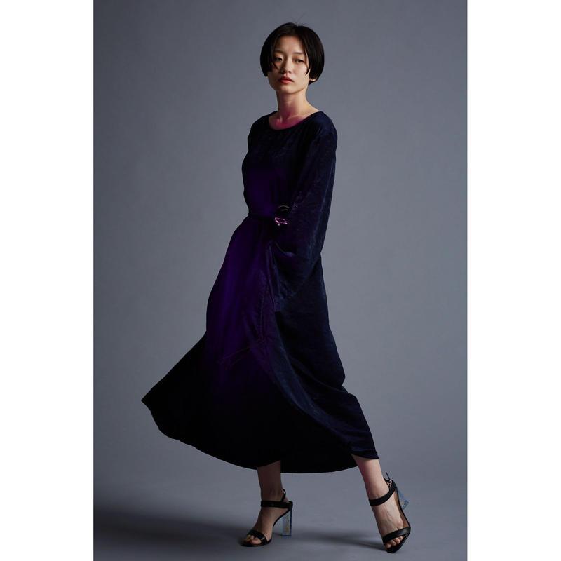 夜響装 dress one-piece