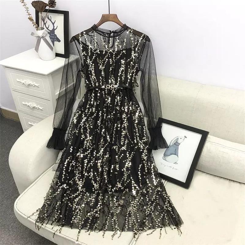 スパンコールレースドレス
