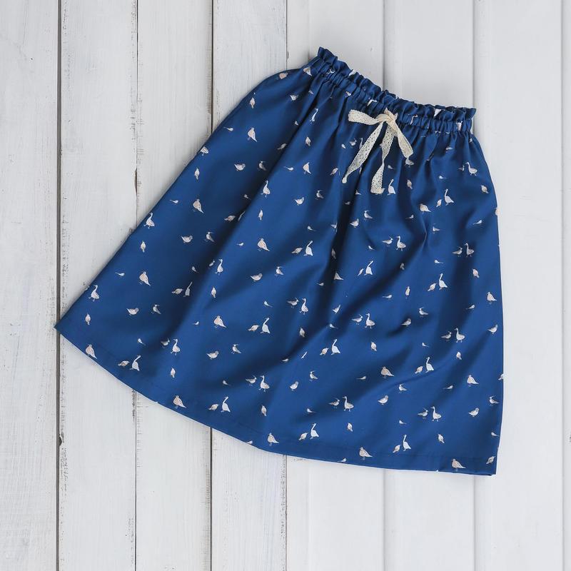 お散歩鳥プリントスカート