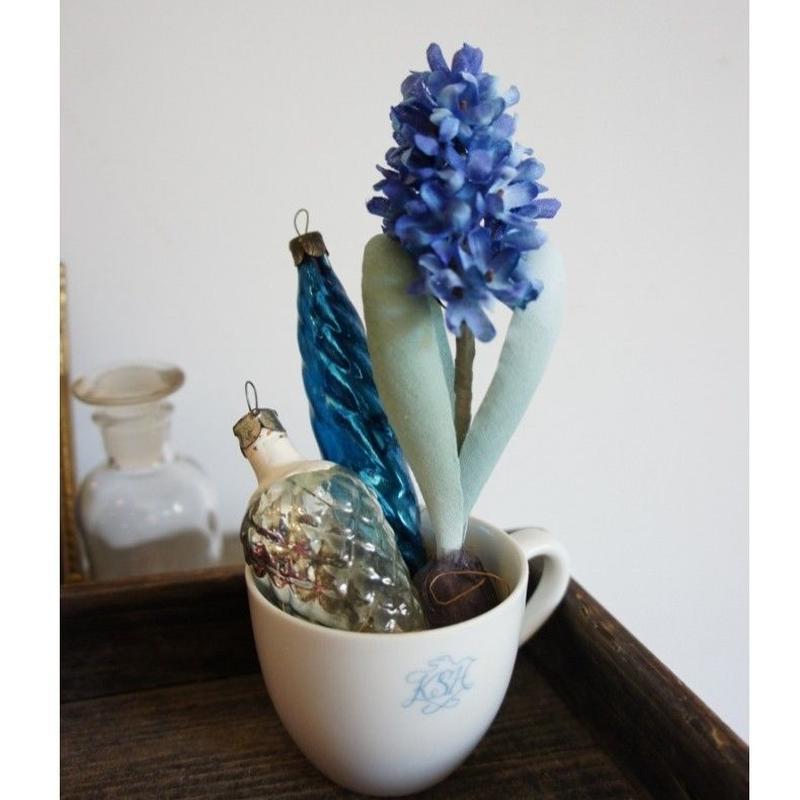 Jacinthe Bleu&Onamento