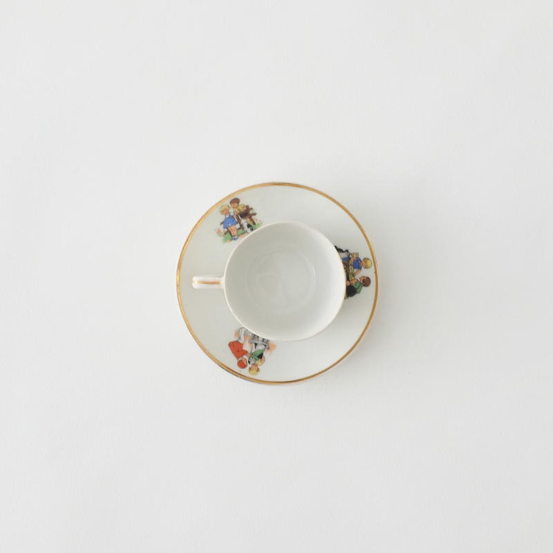 cup and saucer/LA TRESSE